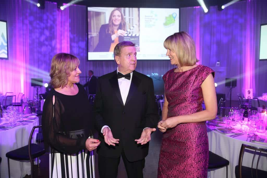 Breda Fox and Sheelagh Daly of the Local Enterprise Office Network with Minster Pat Breen at the National Enterprise Awards 2018.